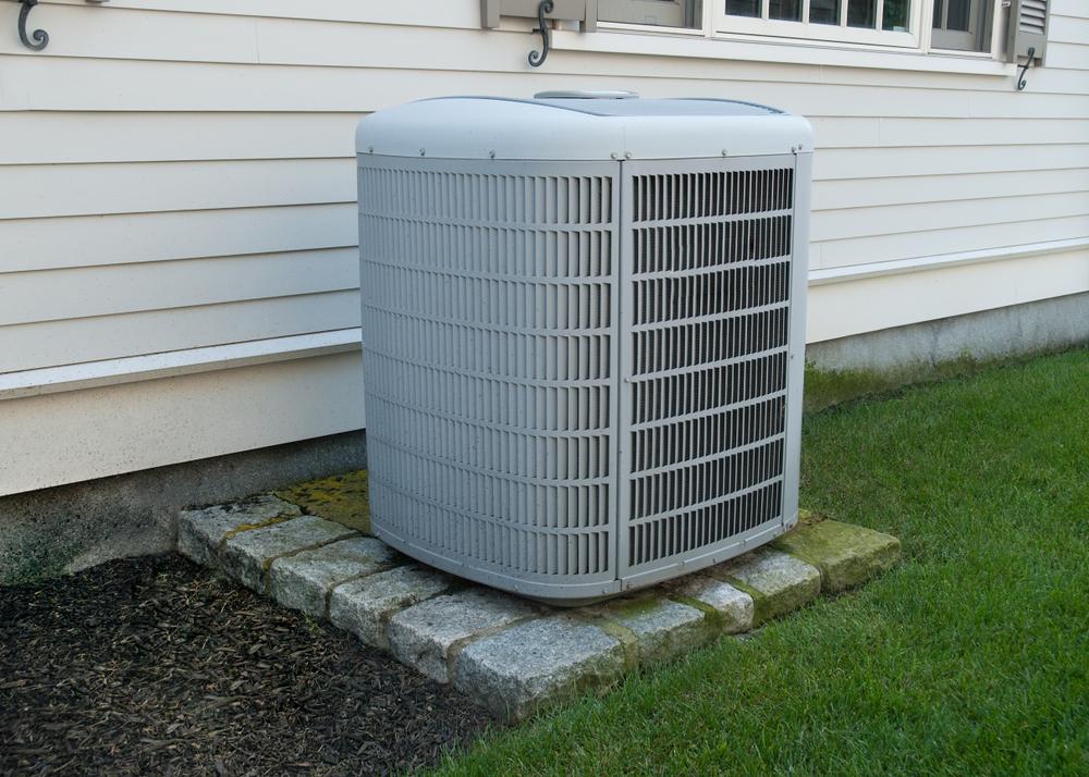 Swamp Cooler vs. Air Conditioner: Cost & Advantages