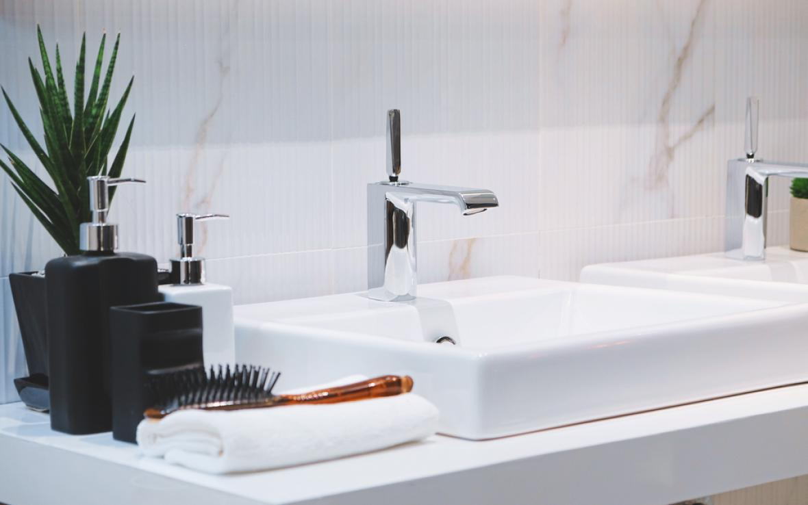 Bathroom Sink Drain Cleaning Services in Illinois